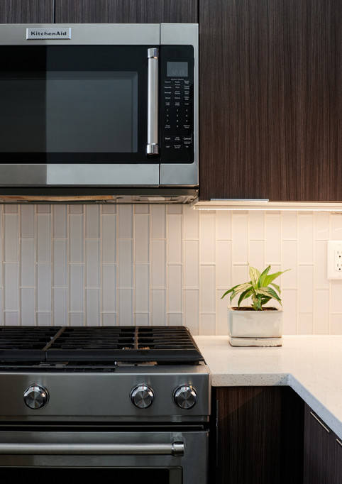 Kitchen-Aid appliances with natural gas range