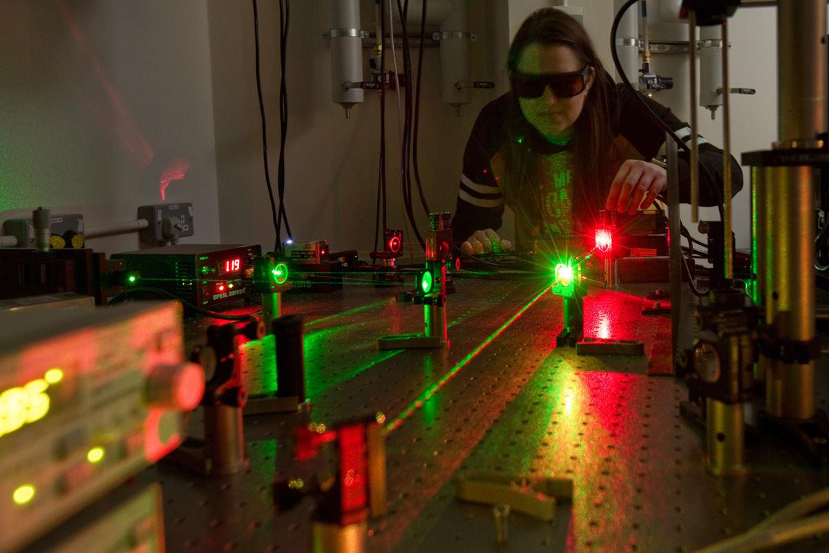 Biophysical Imaging Centre – Optics.jpg