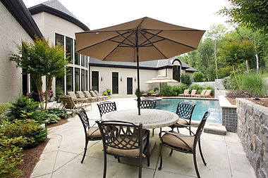 Franklin Home:Pool Dining Area