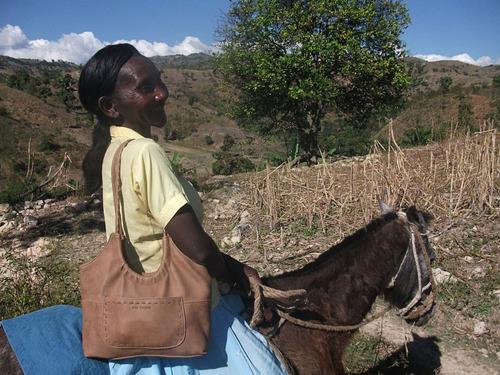 Women of Haiti - Lusane Jean Jacques