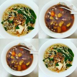 Ninety-six Vegetarian Food