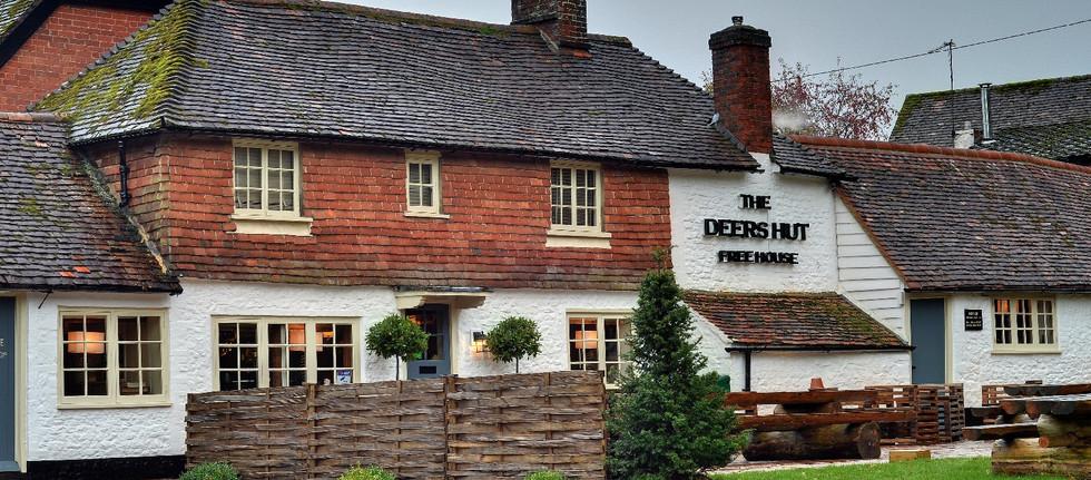 Deer's Hut Pub