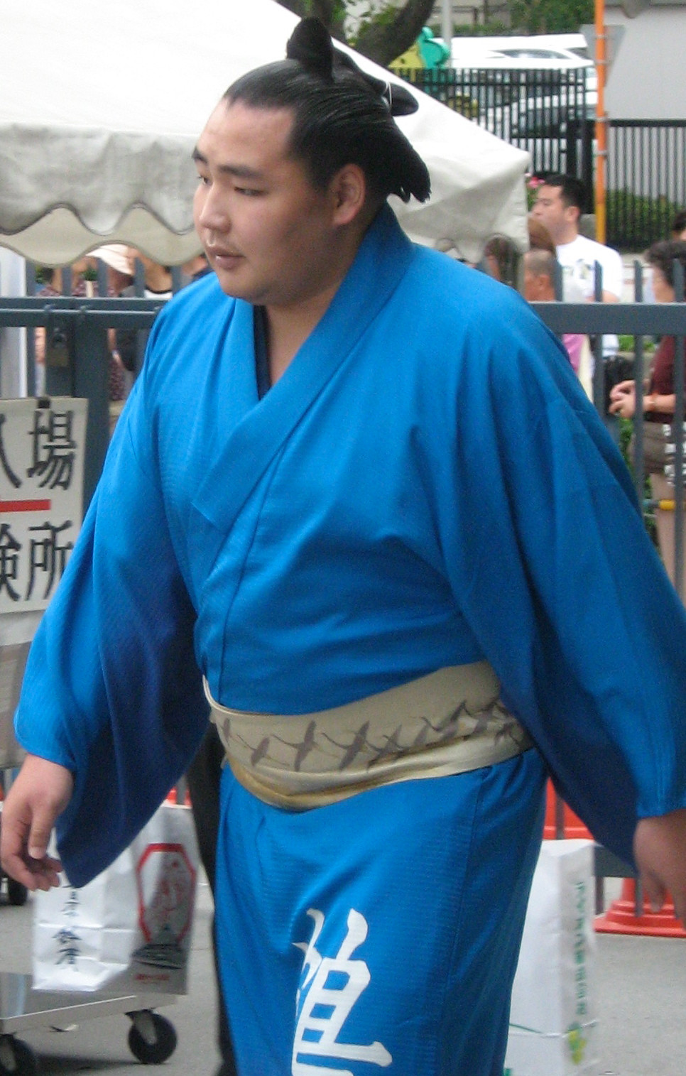 chonmage sumo rikishi