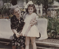 Elisabeth (Lieschen) Gumpel (nee Partos) with her grand-daughter, Katja Sifnaghel -- Guayaquil