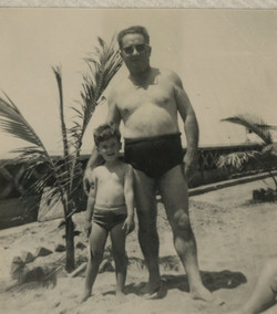 Niko and Manea Sifnaghel -- Hotel Humboldt, Playas