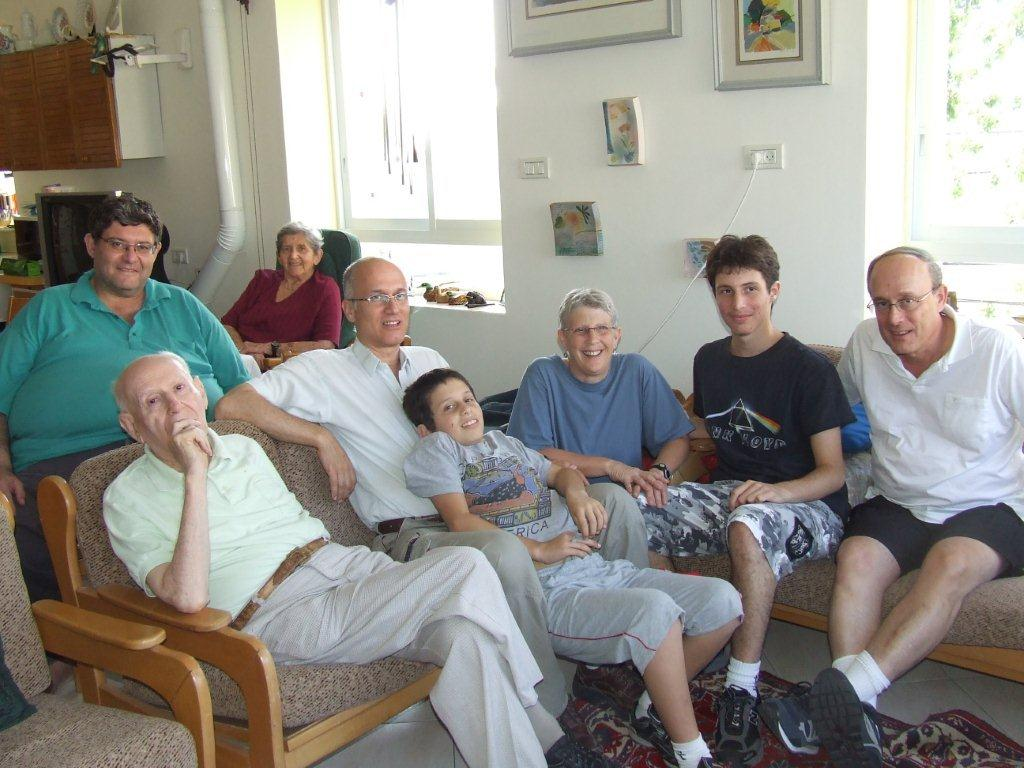I attach a recent photo we took with the family last Friday, July 9, 2010, in Israel.jpg