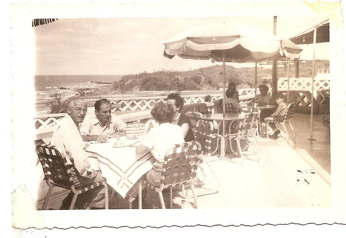Playas -- On the Humboldt Hotel's terrace.jpg Looking toward the camera, Bruno Mortiz.jpg
