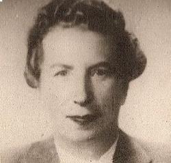 Victoria Schaechter (nee Wachsmann), mother of Moselio (Elio) Schaechter