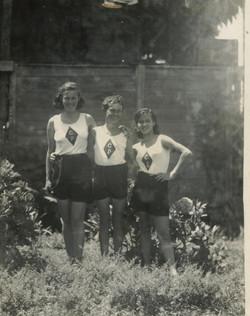 From left_  Renata Aron, Gert Aron & Marianne (Janne) Aron -- 1942