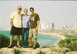 From left_  Ralph, Marilyn & Jonathan Grunewald -- 2009, Tel Aviv-Jaffa
