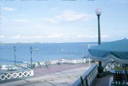 Hotel Humboldt 1966 Vista a la Bahia Lado Derecho extremo.jpg