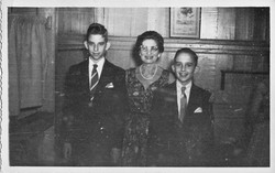 1957.jpg Rosita Coifman with sons Ronnie and Danny.jpg