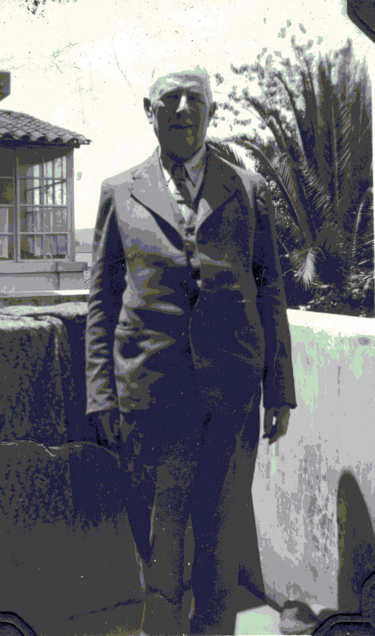 Salomon Neumann -- Quito, Ecuador -- 1945