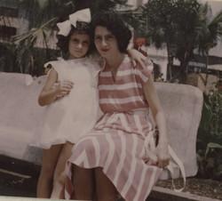 Katja and Gerda Sifnaghel -- Guayaquil