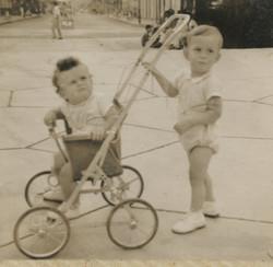 Niko Sifnaghel and Fred Grunewald -- ca.jpg