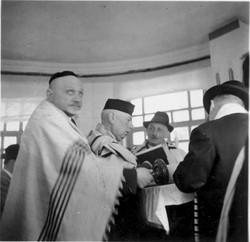 Salomon Neumann reading the Torah in Quito, Ecuador -- 1944