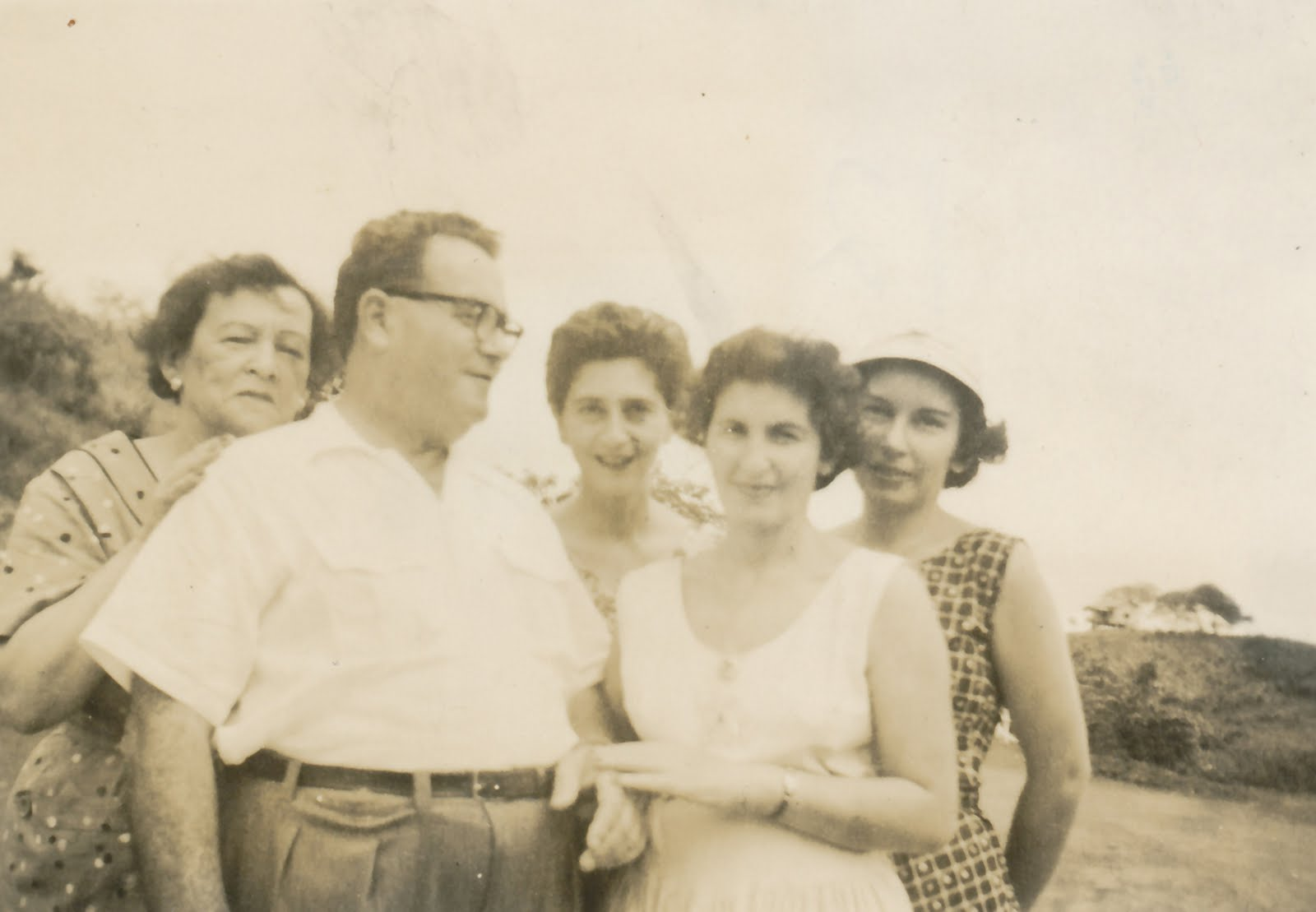 From left_ Lucy Fischler, Manea Sifnaghel, Gerda Sifnaghel (nee Gumpel), Ruth Czarninski, and Inge F