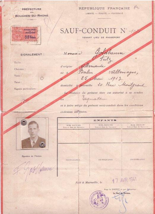 Documentacion oficial de la salida de Europa de mi Padre y de todas las escalas que hizo hasta llega