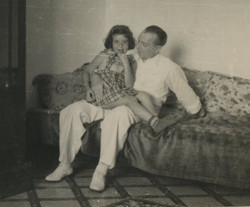 Katja Sifnaghel with her grand-father, Gustav Gumpel -- Guayaquil
