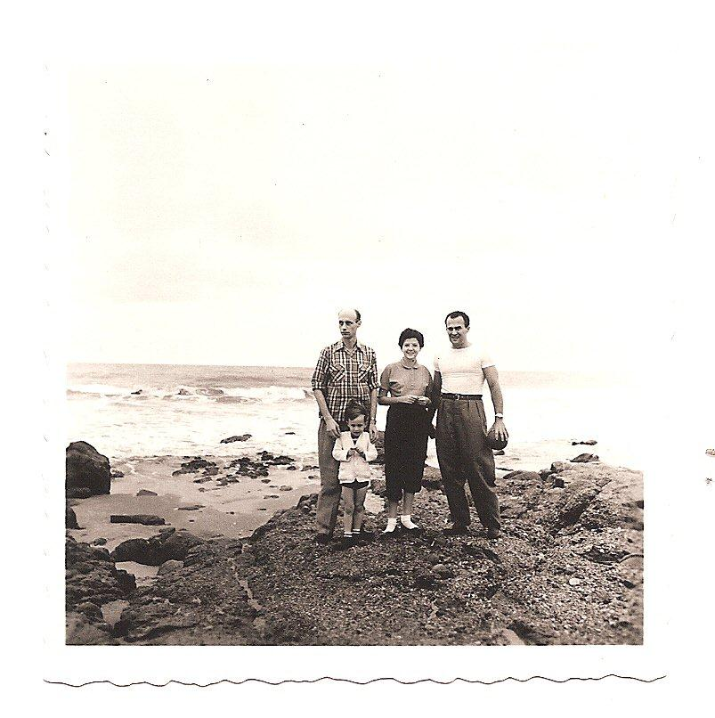 Playas -- Father, me, Miriam Grunauer and Ernesto Grunauer(_).jpg
