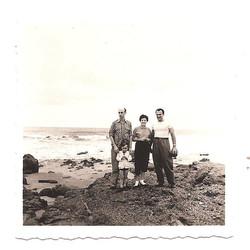 Playas -- Father, me, Miriam Grunauer and Ernesto Grunauer(_).jpg