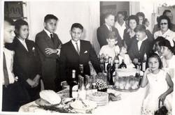 PETER ALBERS, SAUL Y DINA SUSTER, FITO, ROBBY, MONICA, DANNY, FREDDY BERGMAN