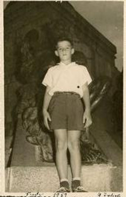Fred Grunewald at 9 years of age -- 1959, Parque Centenario, Guayaquil