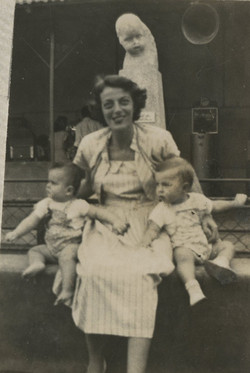 Ilse Grunewald with Niko Sifnaghel (left) and her son, Fred -- ca.jpg