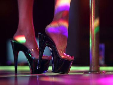 1exotic_dancers.jpg
