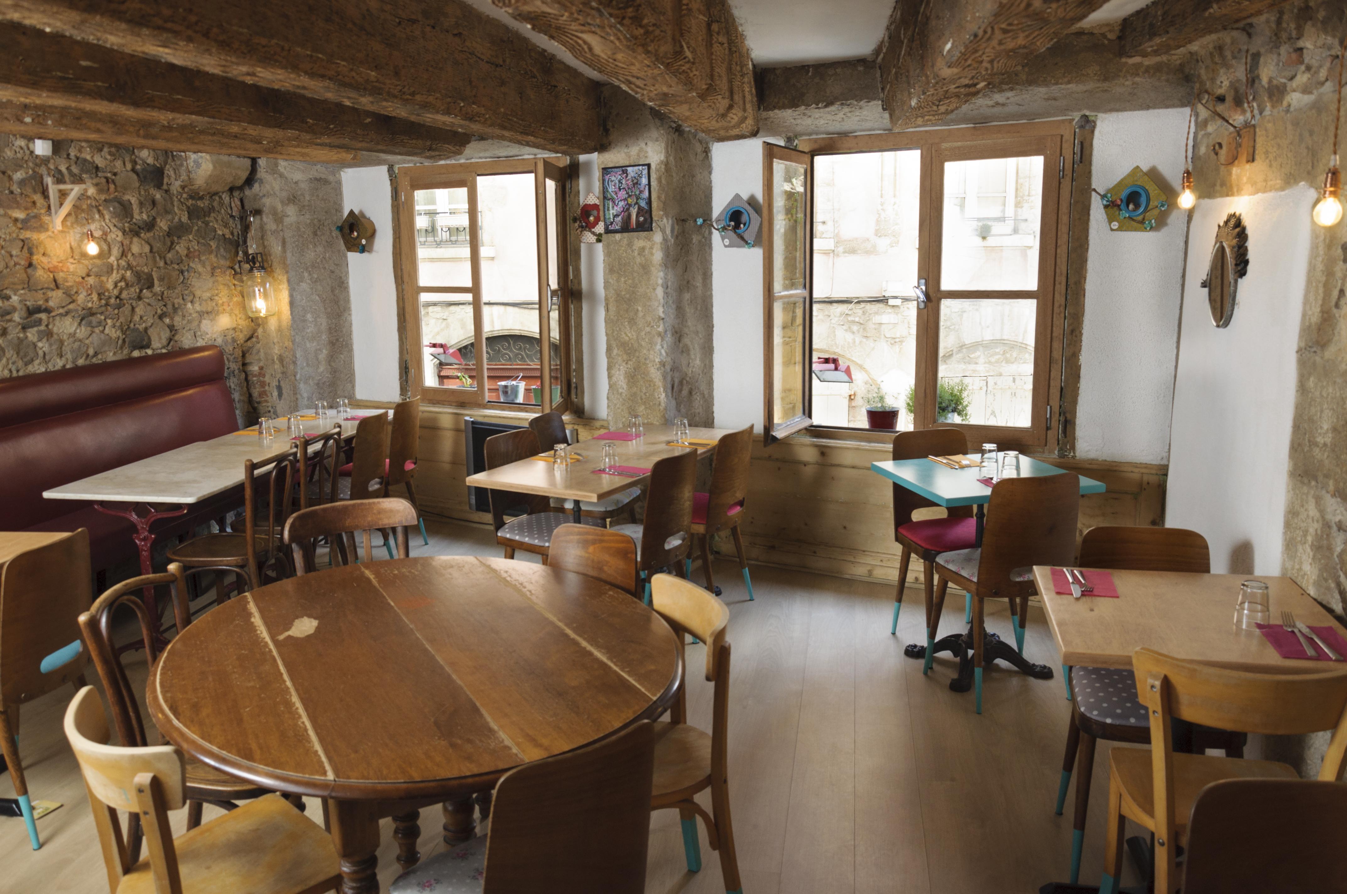 salle_du_simone_s_café_haut
