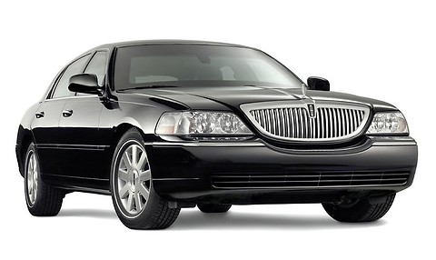 2010-lincoln-town-car-pic-43665.png