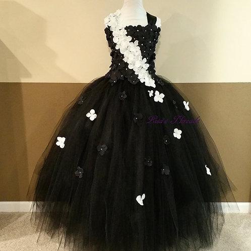 Black, White Flower Girl Dress / Prom Dress / Bridesmaid Dress / Wedding