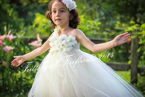 White or Ivory Classic Flower Girl Dress in Sizes 1t up to 12