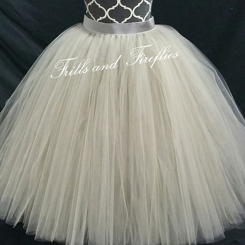FULL LENGTH GRAY TULLE SKIRT / Maxi Skirt / Bridal Skirt / Skirts f