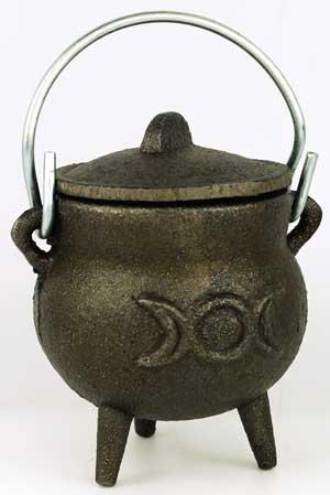 "Triple Moon cast iron cauldron 3"""