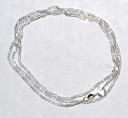 """24"""" Figaro Chain"""