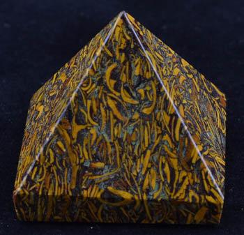 25-30mm Miriam pyramid Calligraphy