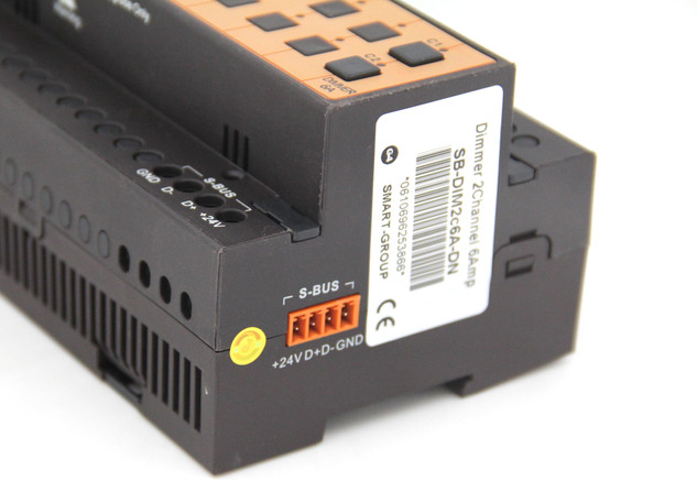 Dimmer 2ch 6Amp (8)