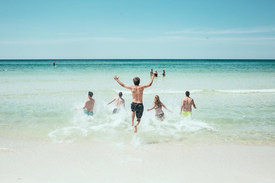 beach-1836467_1920.jpg