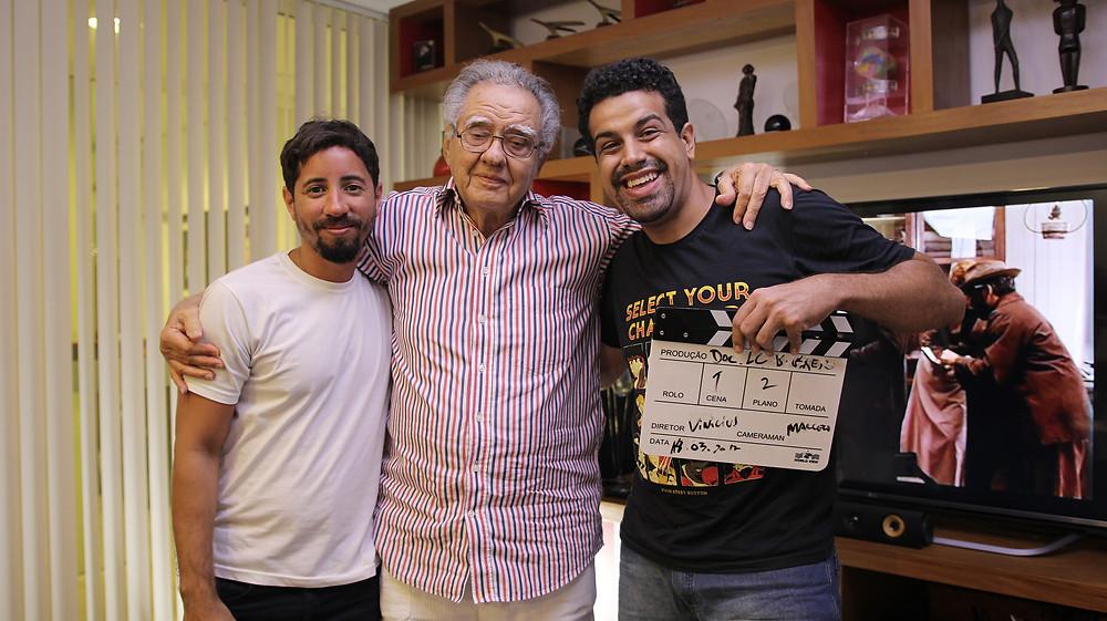 Bastidores de gravação com Barretão. Marcelo Alves, diretor de fotografia e eu.
