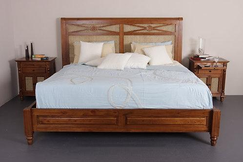 Queen Size Bed (BQWBR#002)