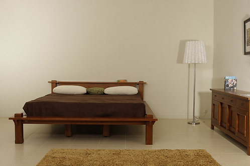 Queen Size Bed (B#003)
