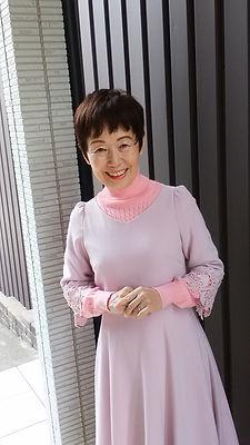 緑 華凛桃(みどり かりんとう)先生