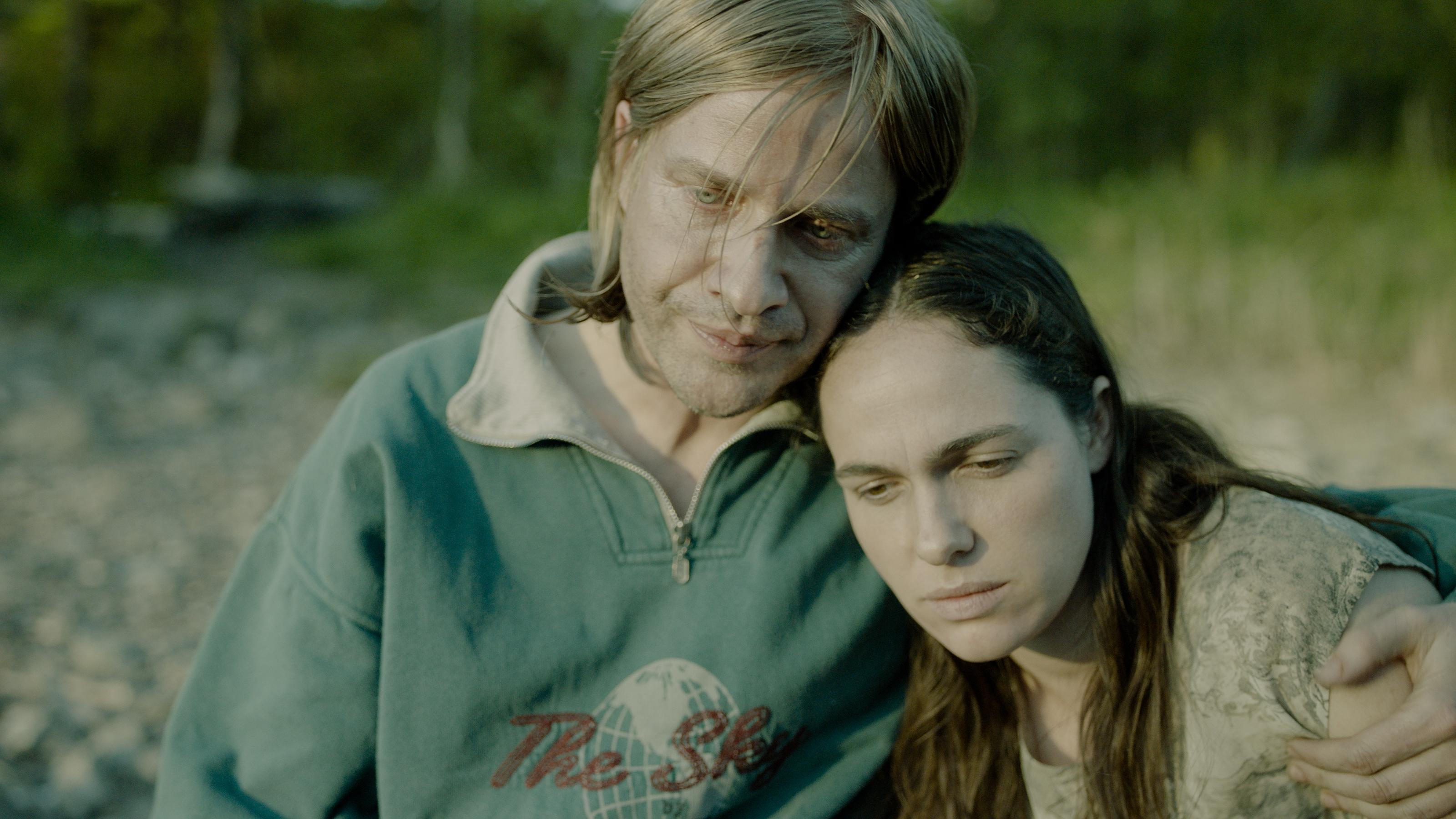 Verena Altenberger und Lukas Miko