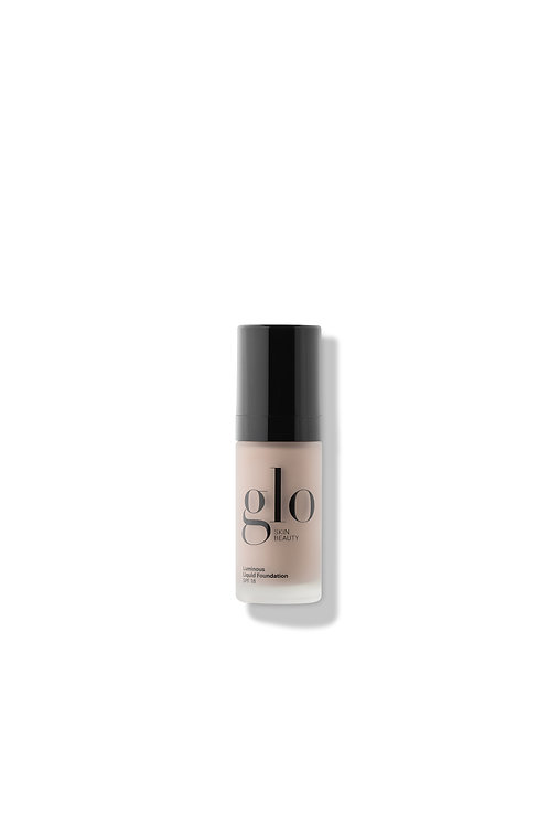 Glo Skin | Luminous Liquid Foundation SPF 18 Alabaster