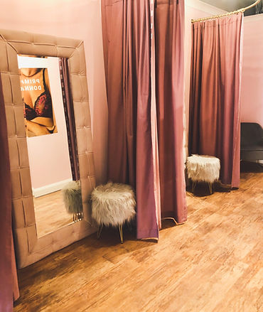 fittingrooms_edited_edited.jpg
