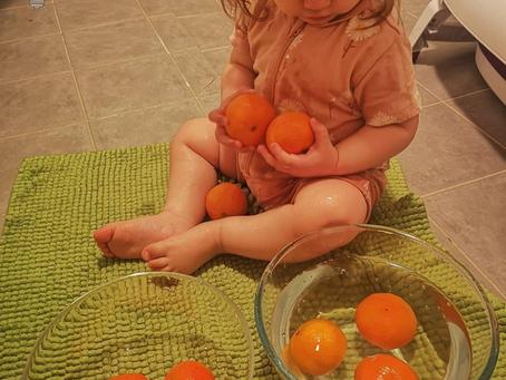 Sensory Play with Fruits: Washing Baby Oranges