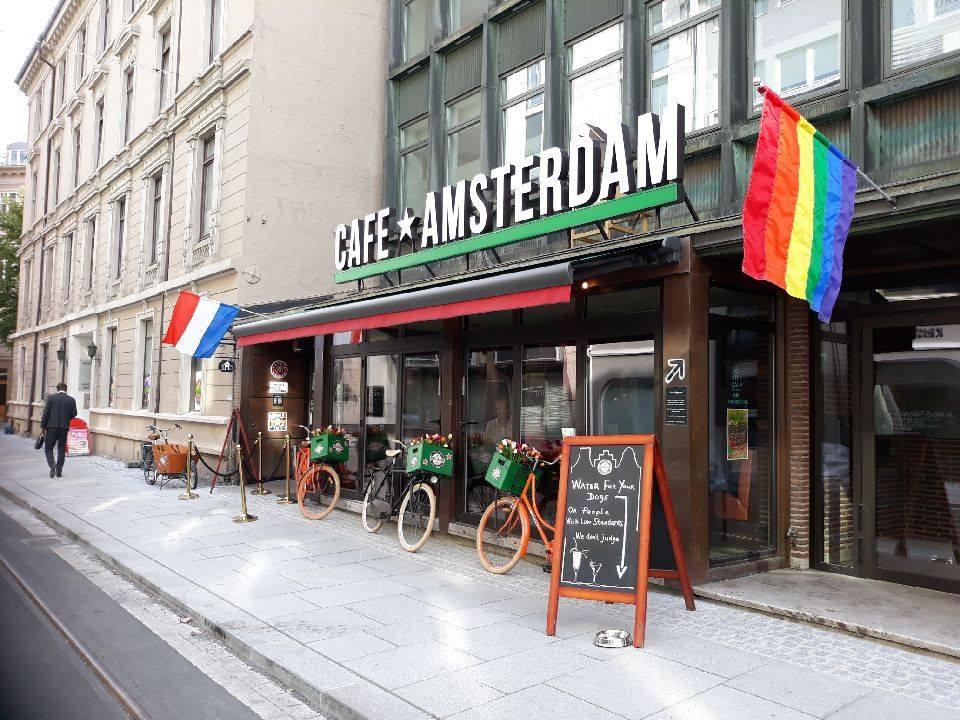 Cafe Amsterdam Celebrates Diviversity Os