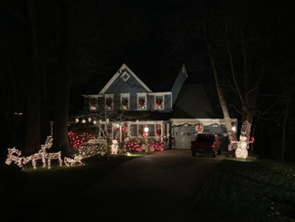 Holiday Home Decorating Contest Fan Favorite Winner!