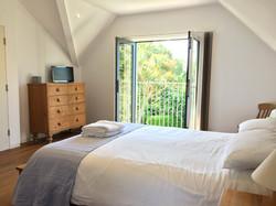 Kingsize Bedroom with En-Suite Bathroom